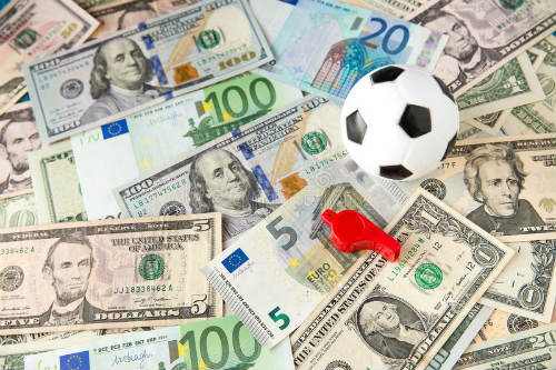 Keuntungan Bermain Judi Bola Sbobet Online